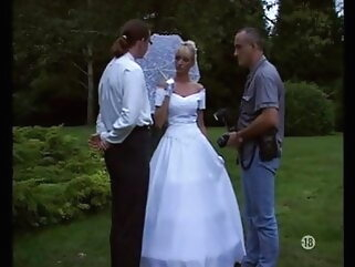 Vintage - The bride, the photographer & the groom blonde tukif anal