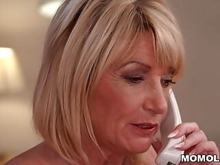 Older woman really knows how to please blowjob tukif babe